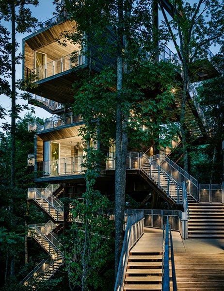 SUSTAINABILITY TREEHOUSE, GLEN JEAN, WEST VIRGINIA Visitors to the Sustainability Treehouse, designed by the architecture firms Mithūn and BNIM, ascend to learn about the various levels of the forest,